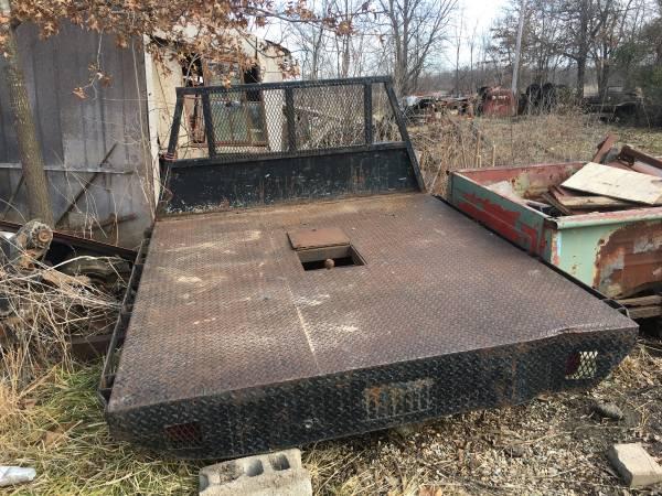 Photo FLAT BED FOR 1 TON TRUCKS - $500 (MIAMI OK)