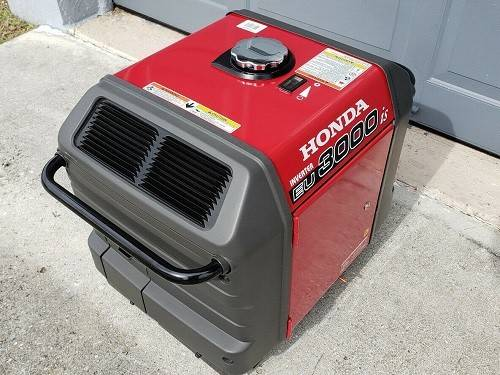 Photo Honda Generator EU3000IS With Portable Power By gasoline - $605