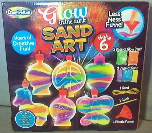Photo NEW Glow In Dark Sand Art Kit (Makes 6) - $6 (Joplin)