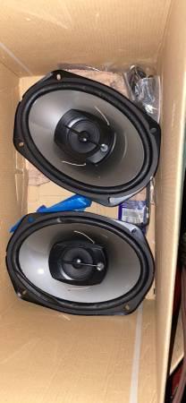 Photo Pioneer RadioStereo with speakers - $60 (Joplin)