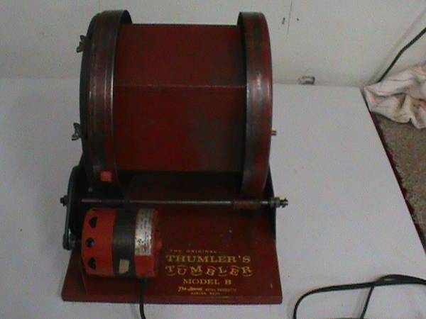 Photo Thumlers tumbler model b - $150 (MO - Neosho)