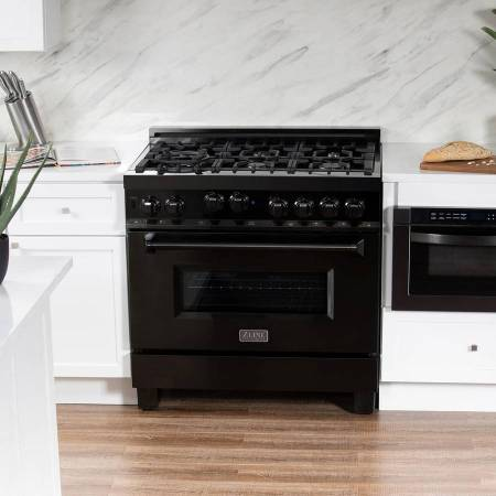 Photo BRAND NEW  Z-LINE 36quot PROFESSIONAL GAS RANGE BLACK STAINLESS STEEL - $2,999 (SMART BUY -  END OF THE YEAR SALE - BEST PRICE IN TOWN)