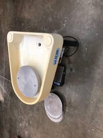 Photo Bailey st-100 potter39s wheel - $500 (Juneau)