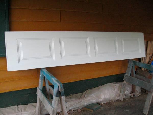 Photo Clopay Garage Door Panel - $100 (Juneau)