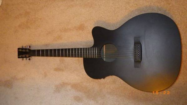 Photo Martin acoustic-electric with  - $500 (Thane (S. of downtown))