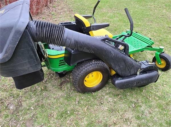 Photo 126 hours - John Deere EZ 425 zero turn lawn mower, Power Flow Bagger - $3,300 (Jackson)