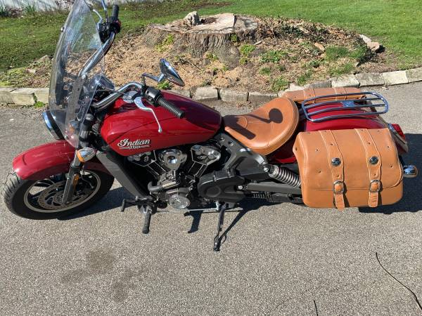 Photo 2016 Indian Scout - $6,500 (Toledo)