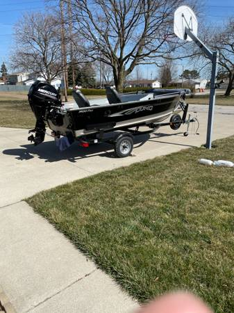 Photo 2018 Lund Boat Fury 1400 Tiller - $13,500 (Walbridge)