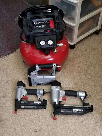 Photo 6 gal. 150PSI PORTER CABLE Portable electric air compressor w3 tools - $230