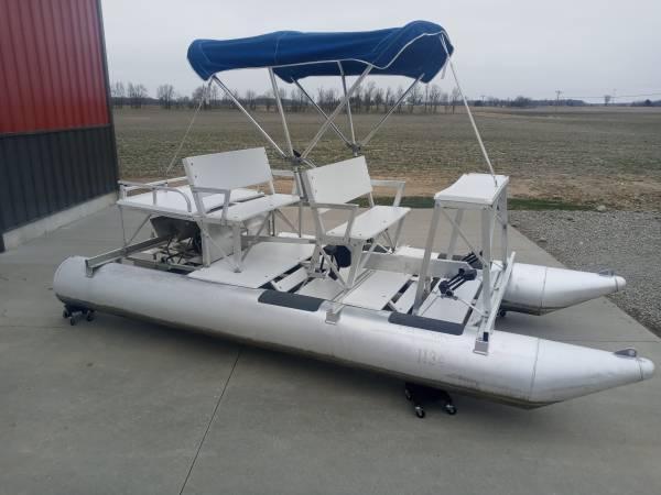 Photo Aqua Cycle 4x4 with canopy - $4,200 (Westphalia)