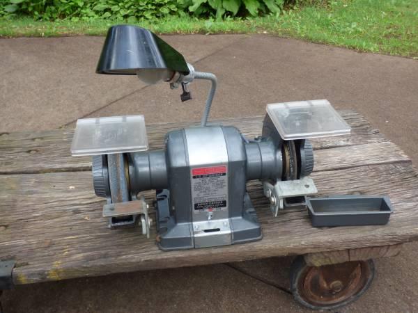 Photo Craftsman Commercial Bench Grinder (HortonJackson, MI)