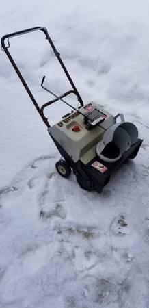 Photo For sale Craftsman snowblower - $50