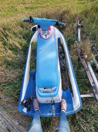 Photo Jet ski and double place trailer - $1,500 (Grass Lake)