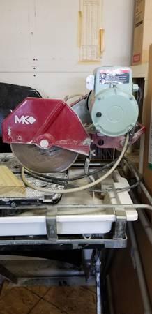 Photo MK 10quot Professional wet tile saw - $450 (Jackson)