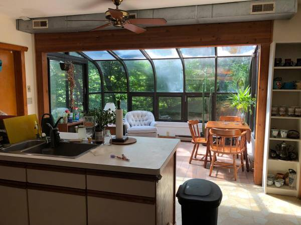 Photo One Bedroom in Water Hill House (Ann Arbor)
