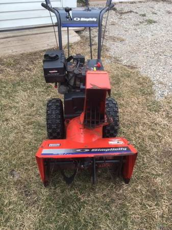 Photo Simplicity snow blower - $260 (Onsted)