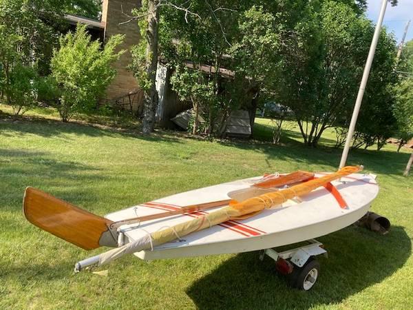 Photo sunfish sailboat with trailer - $750 (grass lake)