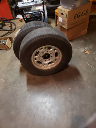 Photo 16 inch 8 lug rims and tires - $400 (Scotts)