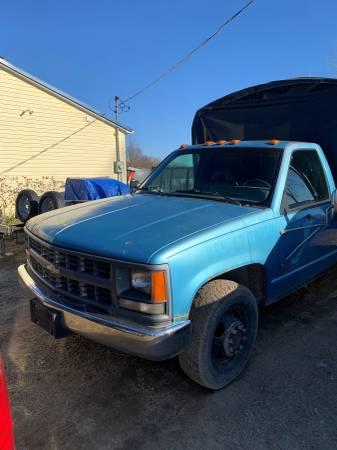 Photo 1994 Chevy 3500 Dually REDUCED PRICE - $3500 (AlleganHopkins)