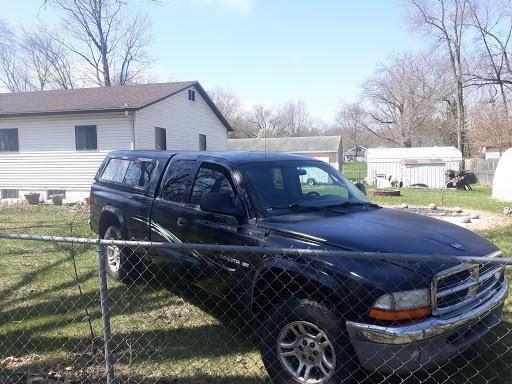 Photo 2001 Dodge Dakota 4x4 - $1800 (Plainwell)