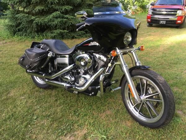 Photo 2009 Harley Dyna Low Rider - $6,000 (Three Oaks)