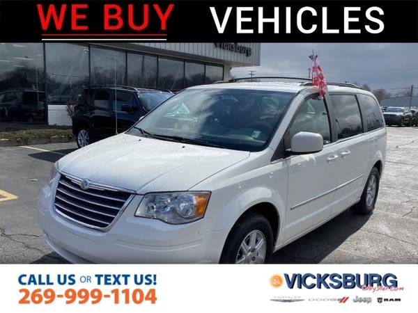 Photo 2010 Chrysler Town  Country Touring - $8,775