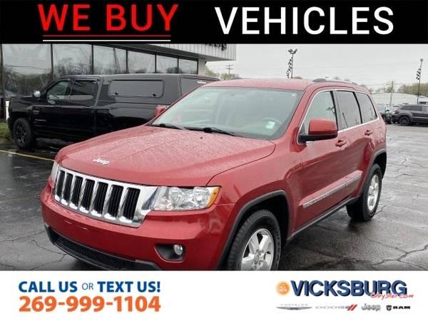 Photo 2011 Jeep Grand Cherokee Laredo - $11252