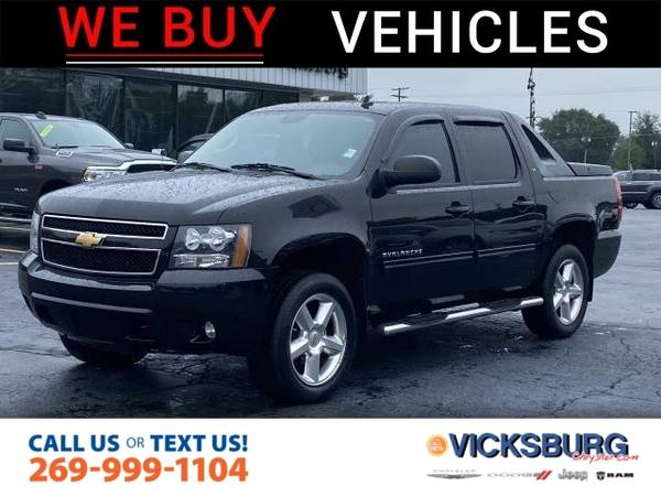 Photo 2012 Chevrolet Avalanche LT - $16,775