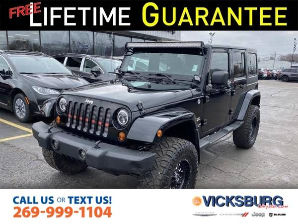 Photo 2013 Jeep Wrangler Unlimited Unlimited Sahara - $24775