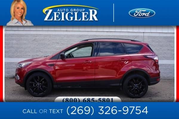 Photo 2017 Ford Escape SE Sport Tech Pkg - $16,990 (_Ford_ _Escape_ _SUV_)