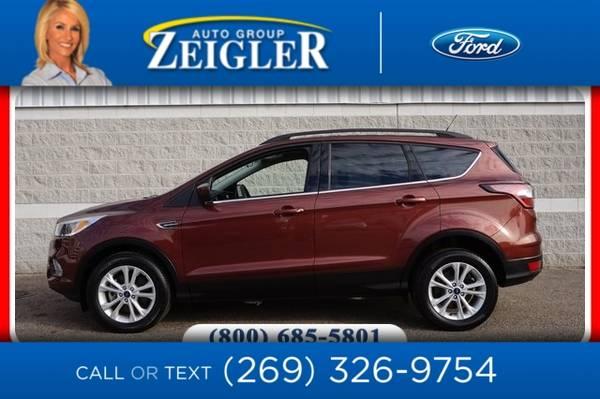 Photo 2018 Ford Escape SE - $17,990 (_Ford_ _Escape_ _SUV_)