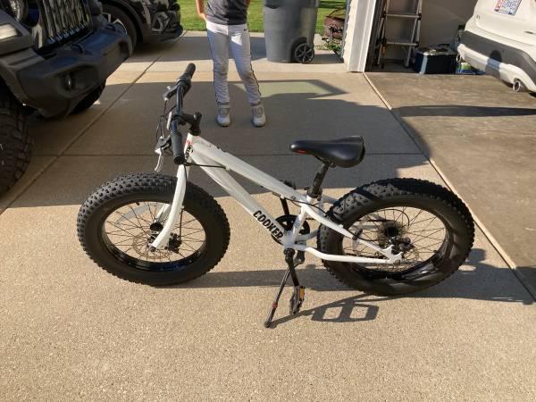 Photo Cooker fat tire BMX bike - $150 (Portage)