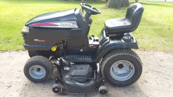 Used Normal Wear Craftsman Garden Tractor Gt5000 Has New Battery Starts And Runs Make An Offer