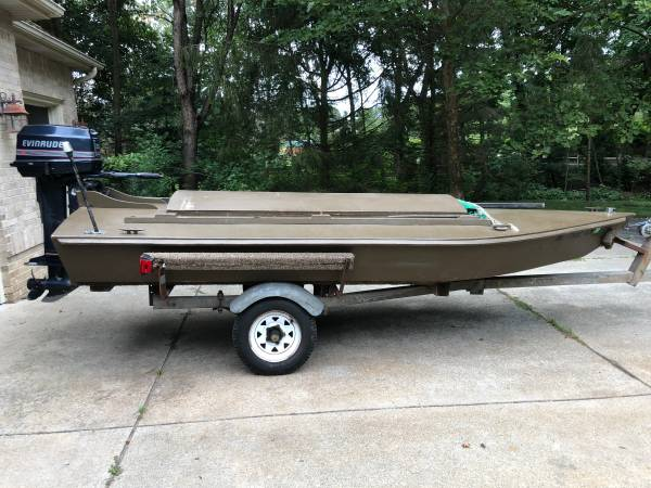 Photo Custom Duck Hunting boat for sale - $2,000 (kalamazoo)
