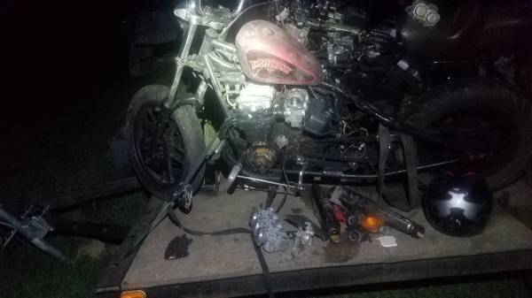 Photo FREE motorcycle read looking for someone to put bike back together - $123,456 (Fulton)