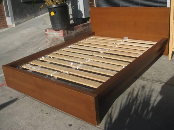 Photo Ikea malm bed frame full - $60 (Kalamazoo)