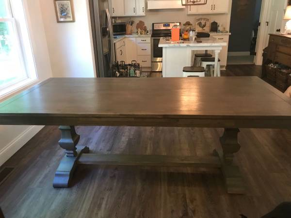 Photo Pier 1 Farmhouse Dining table - $650