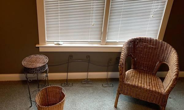 Photo Pottery Barn Wicker Set - $100 (Portage)