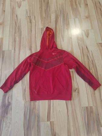 Photo Red Nike Therma-Fit Sweatshirt - $15 (Kalamazoo)