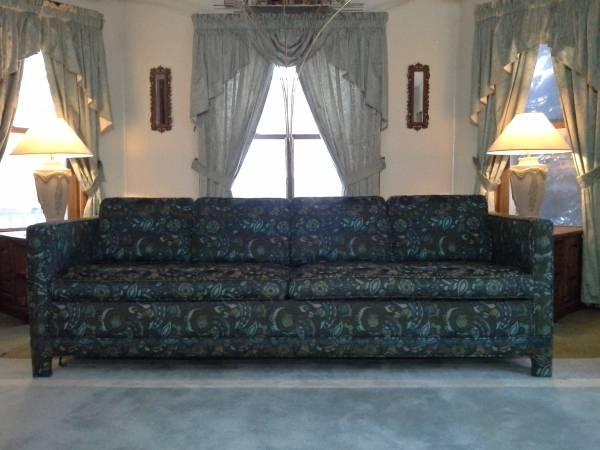 Photo Rubee Custom Made Sofa Sleeper - $1,500 (Kalamazoo)