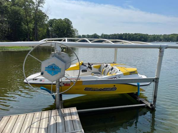 Photo SOLD Seadoo Sportster w Trailer and Shoremaster Boat Lift (Paw Paw)