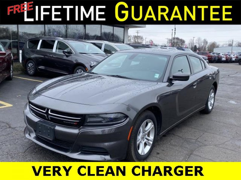 Photo Used 2015 Dodge Charger SE w Power Sunroof Group for sale