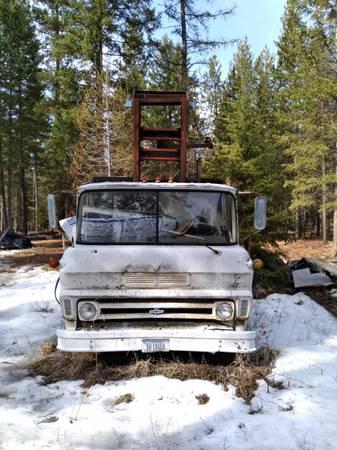 Photo 1969 Chevy 2 Ton short log hauler - $1,800 (Libby Montana)