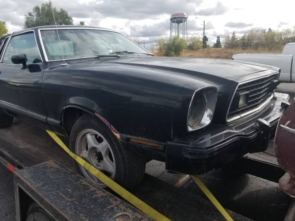 Photo 1977 mustang II Ghia, factory V8 project or - $700 (Kalispell)