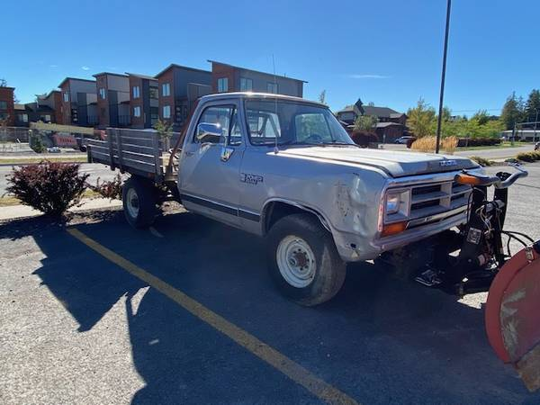 Photo 1989 Dodge Ram 1500 flatbed with Boss snow plow - $6,500 (Whitefish, MT)