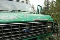 Photo 1990 Ford Van E150 - $3,000 (West Glacier)