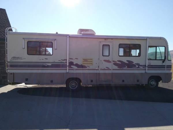Photo 1996 Fleetwood Southwind Storm - $11,500 (Polson)