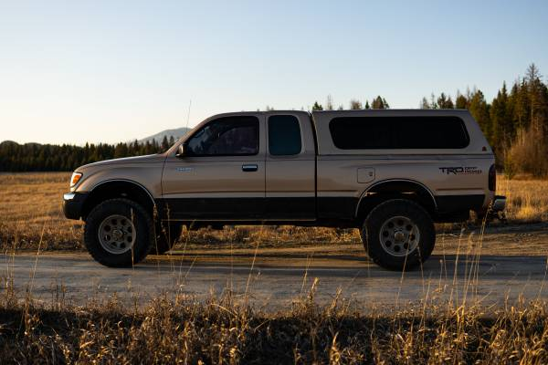 Photo 1998 Toyota Tacoma SR5 4x4 TRD Off Road - $6500 (Whitefish)