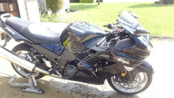 Photo 2008 Kawasaki Ninja ZX-14 - $6,450 (Pullman)