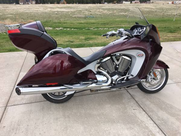 Photo 2009 Victory Vision Tour - $9,000 (Eureka, MT)